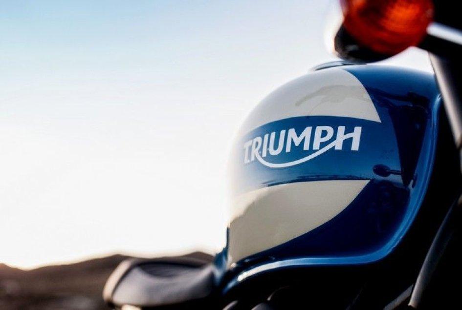 """Triumph Bonneville 2015: la """"Bonnie"""" si fa in tre"""