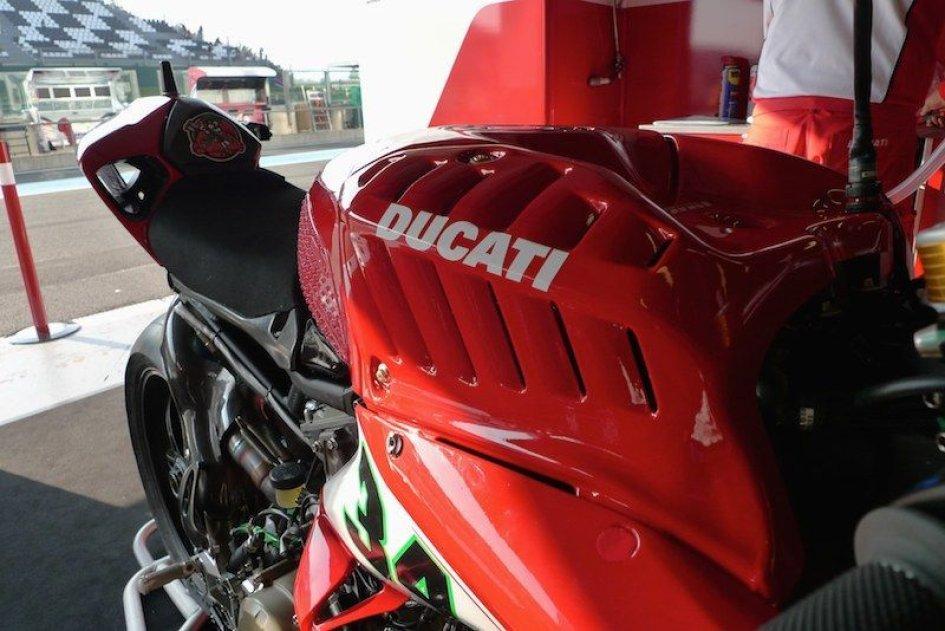 """Ducati, Panigale """"aggiornata"""" a Magny Cours"""