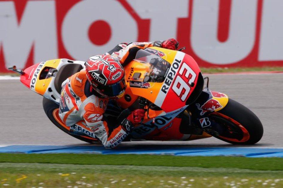 Sachsenring: Marquez parte forte, Rossi in scia
