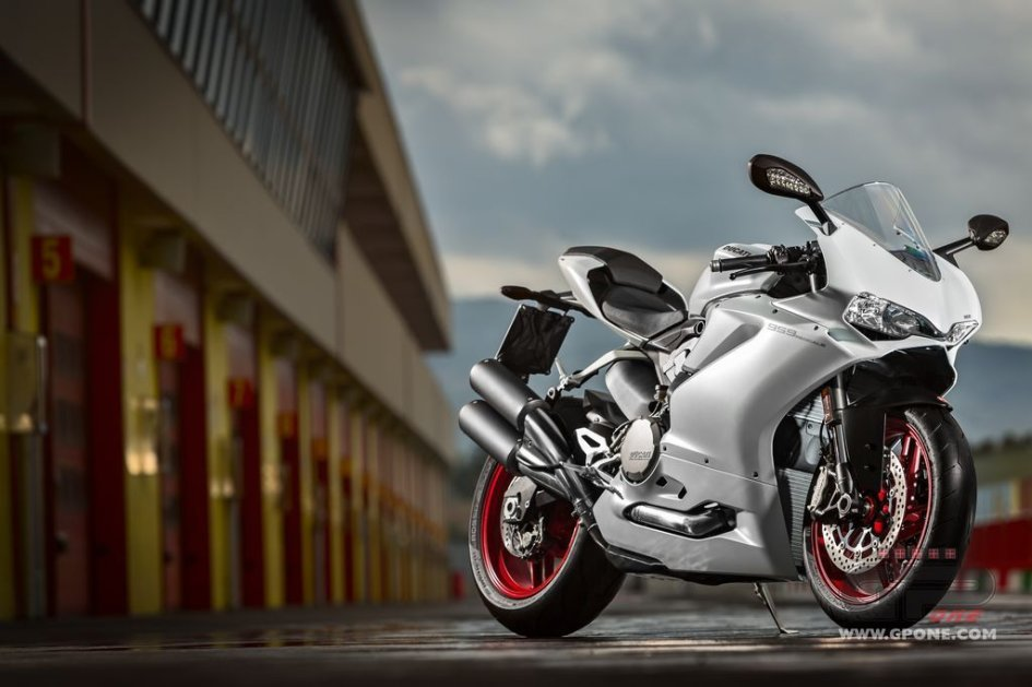 Ducati 959 Panigale: cresce la media