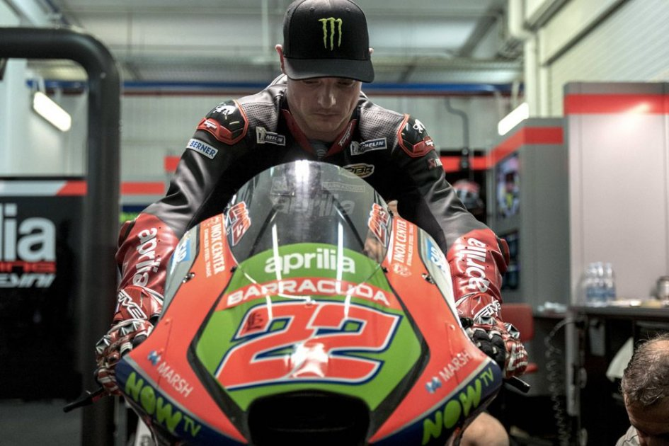 THE PHOTO. Sam Lowes already on the Aprilia MotoGP bike