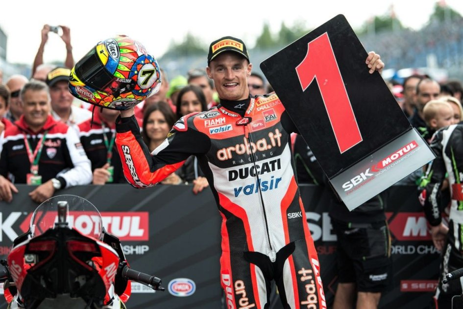 "SBK: Lausitzring, Davies: ""What a race, I enjoyed every minute"""
