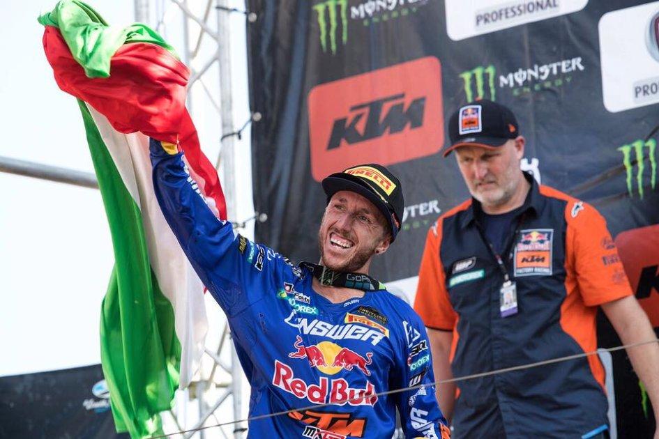 News: KTM offre a Tony Cairoli un test sulla MotoGP