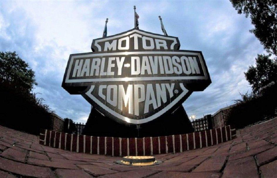 """News Prodotto: Trump """"spara"""" sull'Harley: """"Se vanno via, per loro sarà l'inizio della fine"""""""