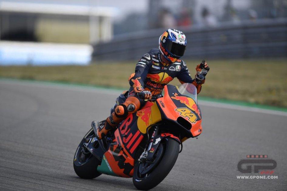 MotoGP: Warm Up degli Espargarò: 1° Pol, brutta botta per Aleix