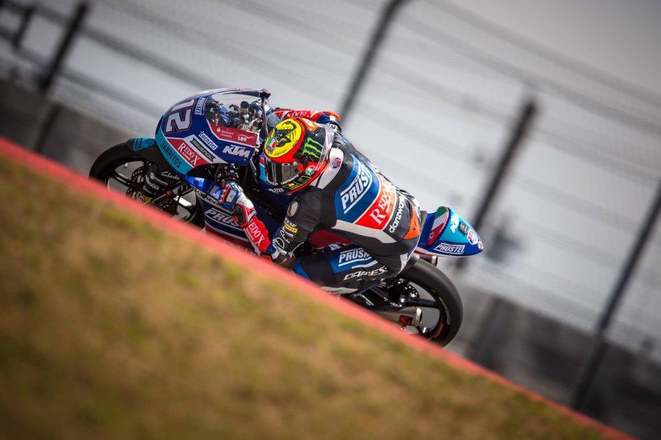 Moto3: Bezzecchi anticipa la pioggia nel warmup, 2° Dalla Porta