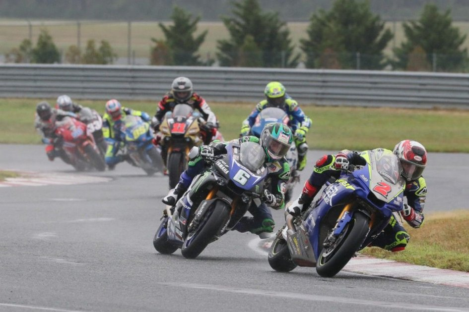 MotoAmerica: Herrin braves the rain and wins in New Jersey, Elias crashes out