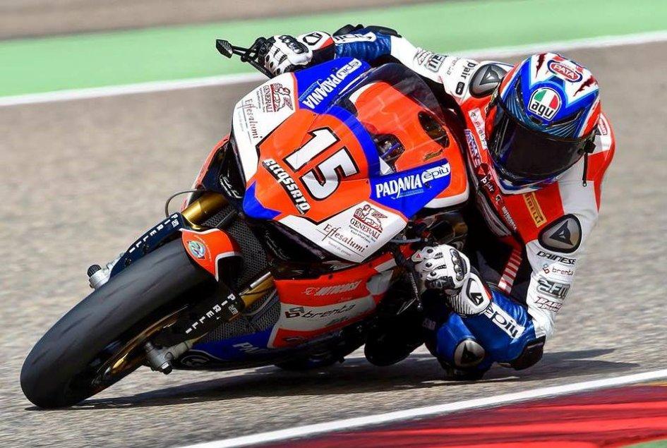 SBK: Sandi rovina il sabato di Reiterberger, Ducati in pole a Portimao