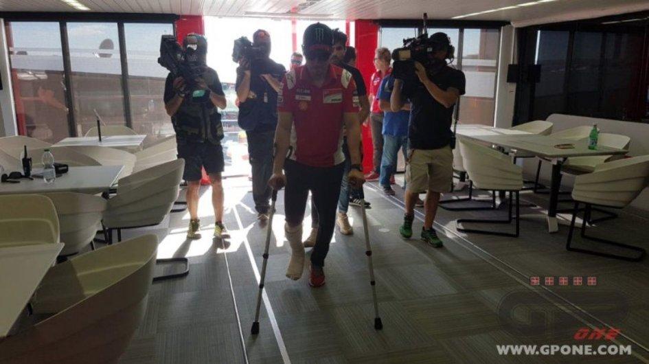 "MotoGP: Lorenzo attacca Marquez: ""deve chiedermi scusa"""