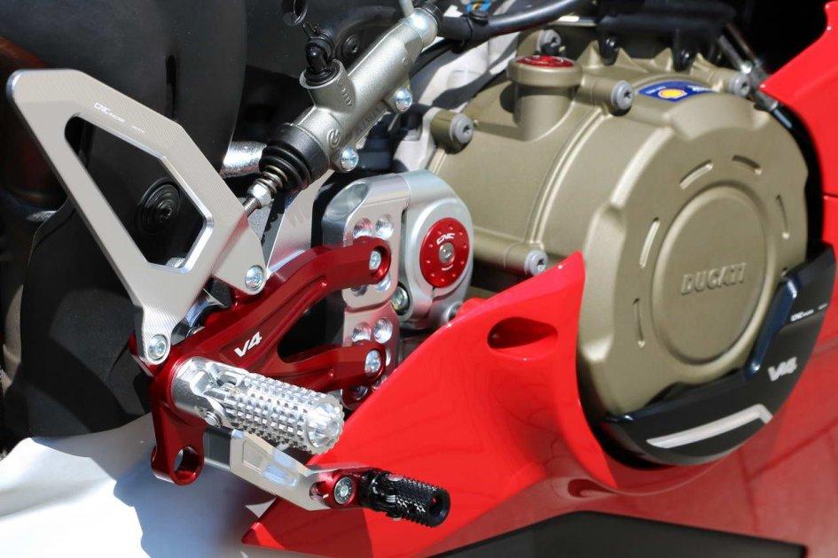 """News Prodotto: CNC Racing: """"coccole"""" per la Ducati Panigale V4"""