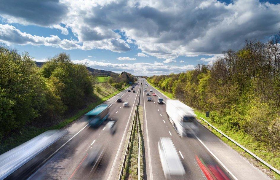 """News Prodotto: 150 Km/h in autostrada? Il """"ritorno"""" della proposta che fa discutere"""