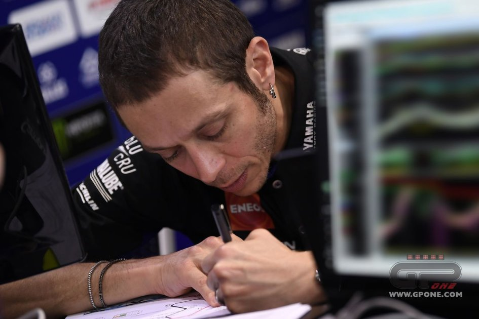 """MotoGP: Rossi: """"I don't have the pace for a comeback"""""""