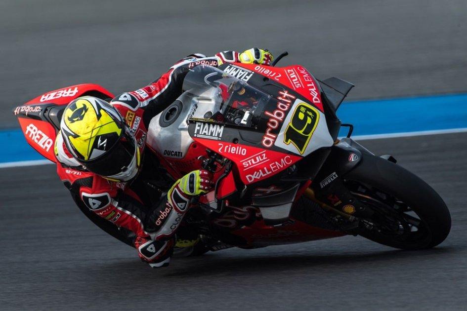 SBK: Bau-Bau Bautista si mangia Rea: Ducati batte Kawasaki 6-0
