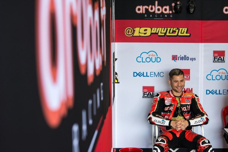 """SBK: Bautista fuming: """"Rea wanted the collision"""""""