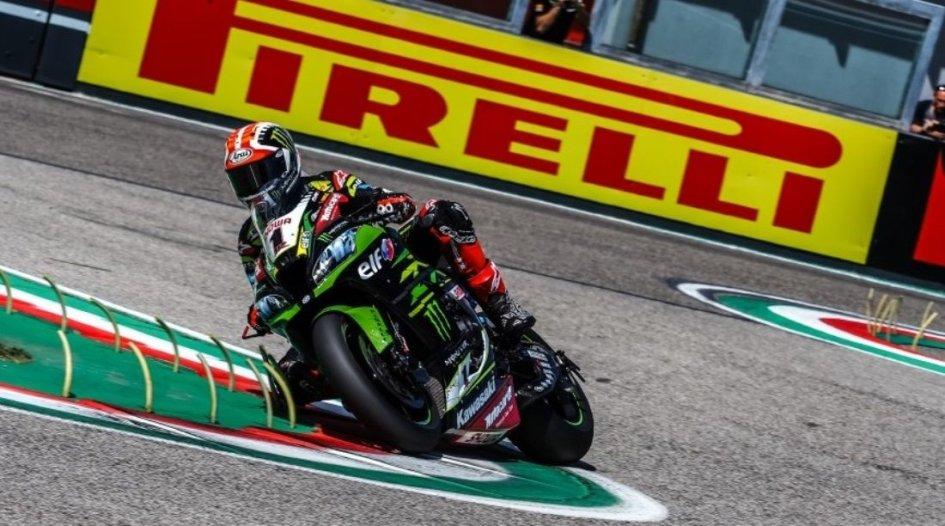 SBK: Rea e la Kawasaki spaventano Bautista e la V4 a Imola