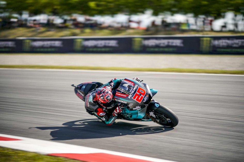 MotoGP: FP1 Assen: Doppietta Yamaha con Quartararo e Vinales. Crash Lorenzo