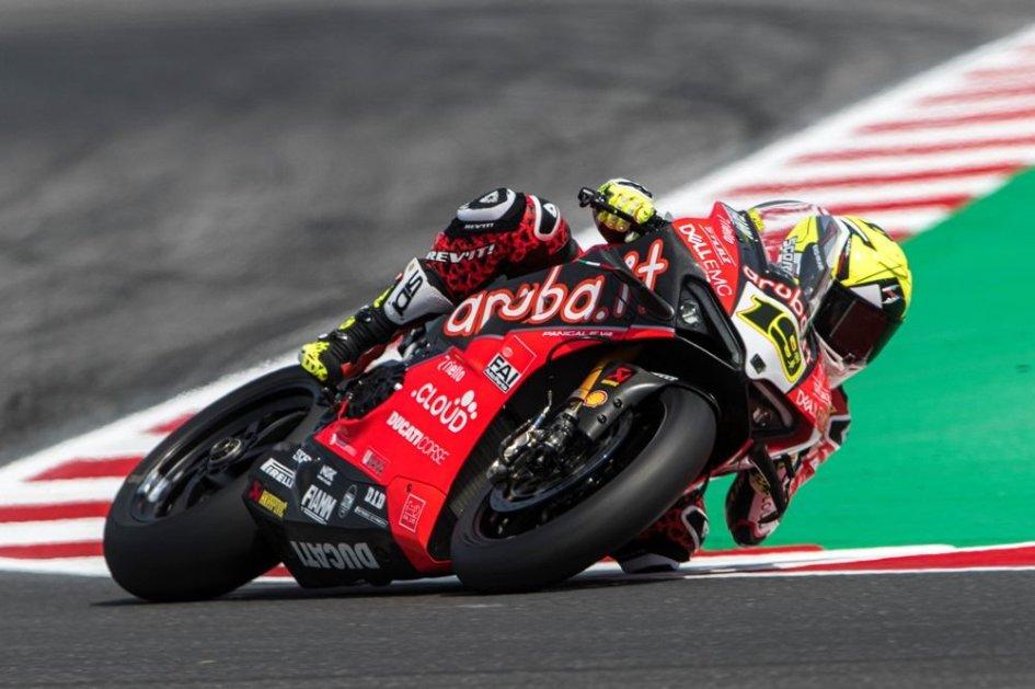SBK: Rea a terra, Bautista fa volare la Ducati nella Superpole Race