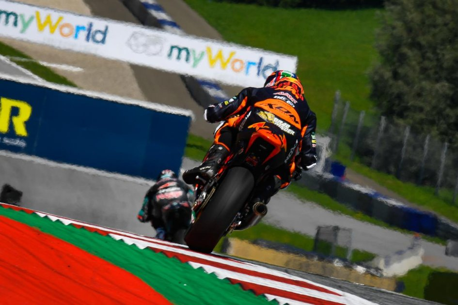 Moto2: FP2: Binder da record in casa KTM, 5° Bastianini