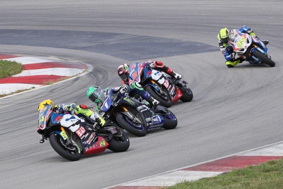 MotoAmerica: Elias rules again and wins in Pittsburgh