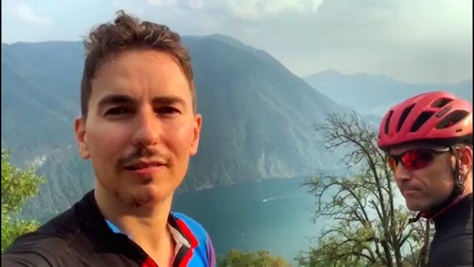 """MotoGP: Jorge Lorenzo torna in bici: """"Spero di essere in moto a Silverstone"""""""