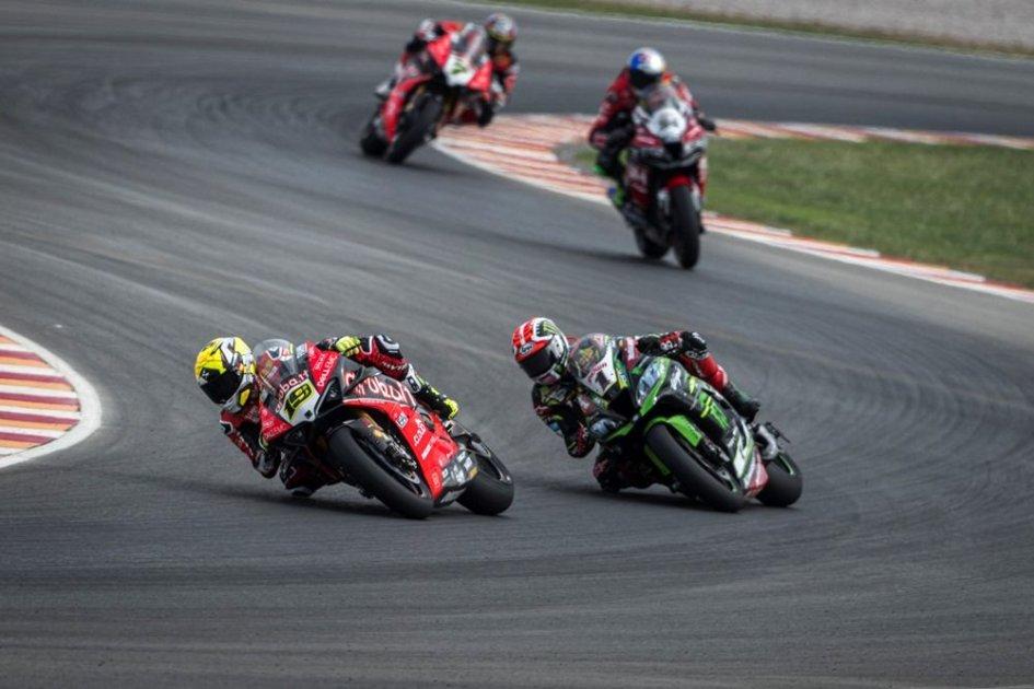 SBK: A Losail Bautista e la Ducati sfidano due volte Rea