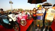 Moto - News: Rossi e Lorenzo in visita a Yamaha Motor Thailand