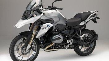 BMW si rifa il trucco per il 2015