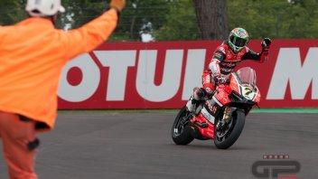 Davies e Ducati infiammano ancora Imola