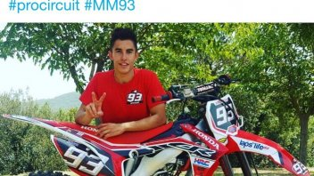 Marc Marquez in love? Yes, with a Honda CR 125!