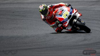Iannone promotes the new frame: more confidence in the front