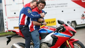 È già sfida vera tra John McGuinness and Guy Martin