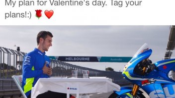 MotoGP: Alex Rins Valentine's day with his ... his Suzuki!