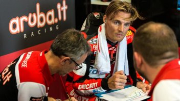 "SBK: Davies: ""Melandri braked harder than I expected"""