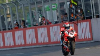 "SBK: Melandri: ""I suffered with the brakes, the last corner the most critical"""