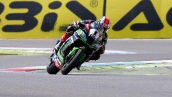 SBK: Lucky seven for Rea at the TT, Sykes 2nd, crash for Melandri