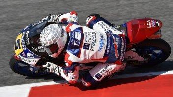 Moto3: FP1, pista umida al Montmelò, Fenati al top