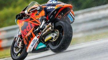 Moto2: FP1: pioggia ed olio sul Red Bull Ring, svetta Oliveira