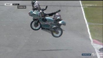 Moto3: Frattura della clavicola sinistra per Loi