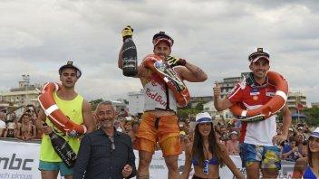 MotoGP: Dovi ha fretta di vincere, suo il trionfo sulle moto d'acqua