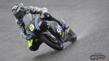 Moto3: FP1: anfibio Bulega guida la pattuglia italiana a Motegi