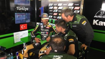 SBK: FP3, SSP: Sofuoglu anfibio a Magny-Cours, 13° Caricasulo