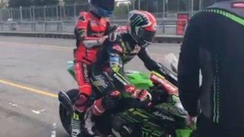 SBK: Johnny Rea offre un passaggio a Marco Melandri