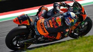 Moto2: Oliveira affila le armi per Barcellona, Pasini scivola