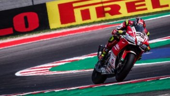 SBK: FP2: Aprilia regine a Misano, 1° Savadori, 2° Laverty