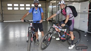 MotoGP: Meccanici in bicicletta: da Brno a Zeltweg per scommessa