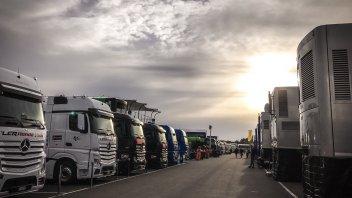 """MotoGP: Silverstone risponde: """"E' stato un diluvio di proporzioni bibliche"""""""