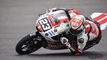 Moto3: FP2: Team Sic58 sugli scudi: Antonelli comanda davanti a Suzuki