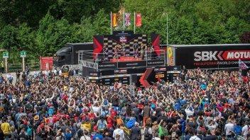 SBK: La pioggia non ferma la passione: in 70 mila a Imola
