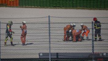 """MotoGP: Iannone: """"Mi fa male la spalla, non so se riuscirò a correre"""""""
