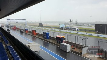 MotoGP: La pioggia bagna Buriram e rischia di rovinare la festa a Marquez